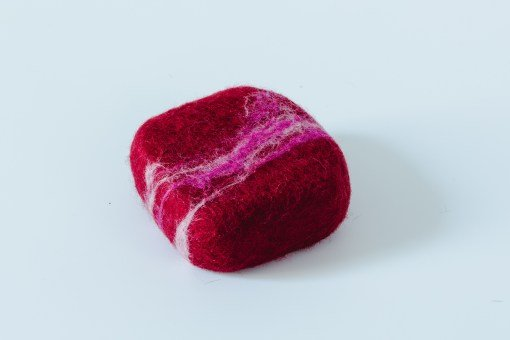 esponja lana virgen con jabón nutritivo leche de burra