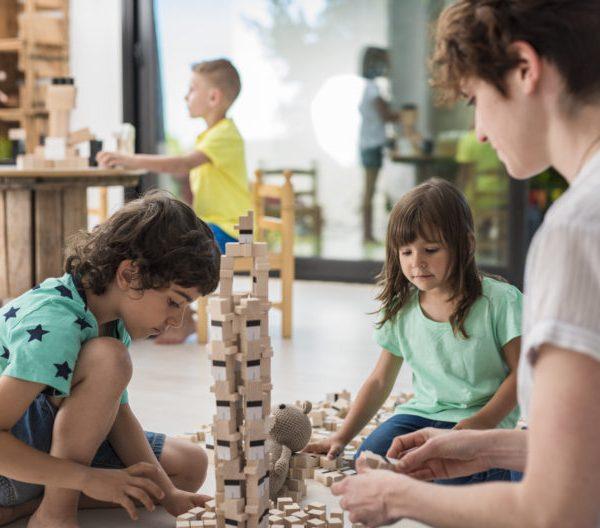 Escoger juguetes sostenibles para todas las edades