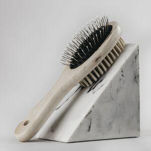cepillo madera para mascotas -banbu