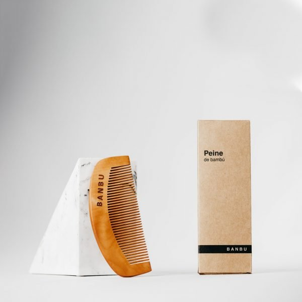 Peine de madera con packaging - Banbu