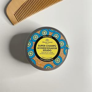 Envase cerrado de champú-acondicionador sólido (2 en 1)