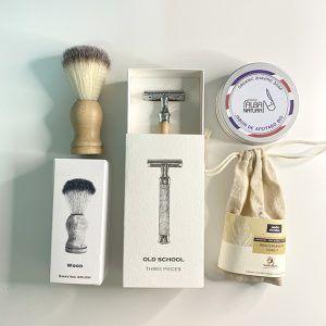 Brocha, cuchilla afeitar, jabon de afeitado y jabón cuidado barba